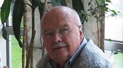 """PORTRET: De kaartersclub van serviceflats De Fontein, die allemaal stierven aan corona: """"Hij zou overgrootvader worden, dat heb ik hem nog kunnen zeggen"""""""