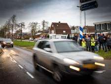 Nieuwleusen is onveilige situatie op N377 zat na ongeluk 3-jarig meisje: 'Elke keer bij het oversteken houd ik mijn hart vast'