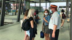 """""""Raken wij nog thuis vanavond?"""" Reizigers in station Oostende vol vragen bij aankomst, NMBS-personeel in het ongewisse"""
