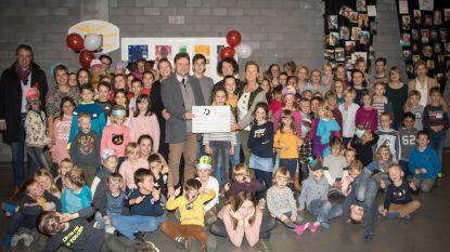 De Brieltuin schenkt 1.750 euro aan nierpatiëntenvereniging