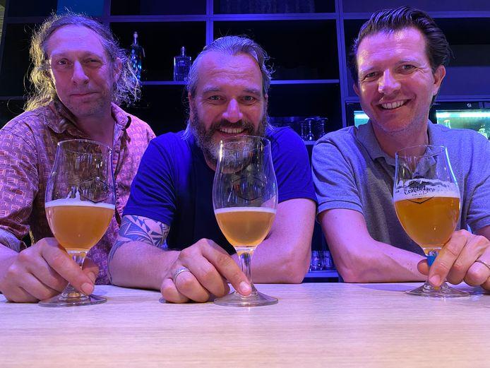 Kristof, Kurt en Jean-Marc bij de mogelijke BiezeBaazeBier-varianten