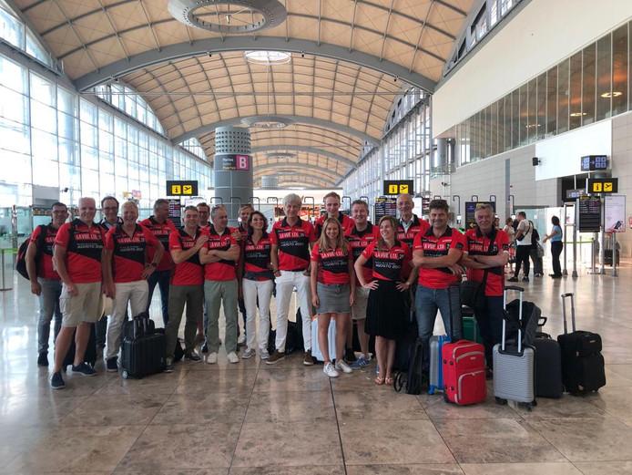 Een grote Utrechtse delegatie is inmiddels aangekomen op het vliegveld van Alicante voor de Vuelta