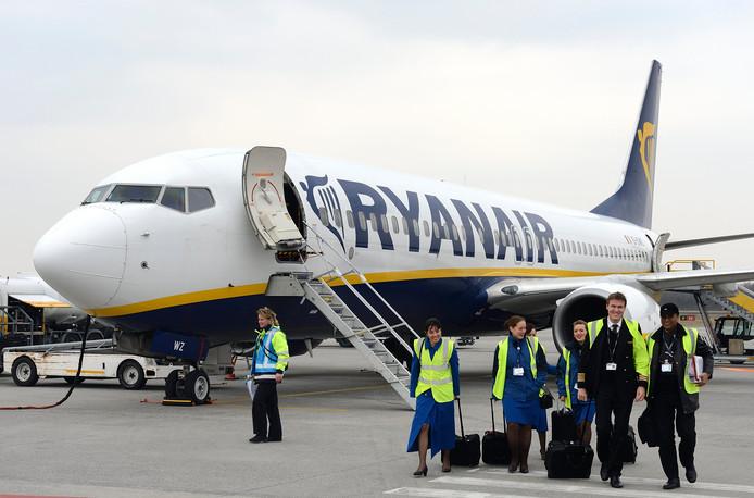Medewerkers van Ryanair op Eindhoven Airport.