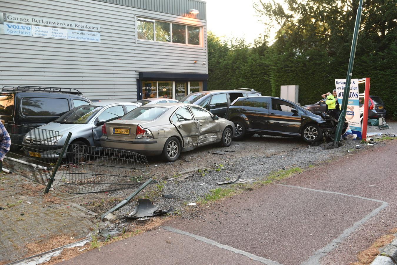 De ravage voor het garagebedrijf in Maarssen.