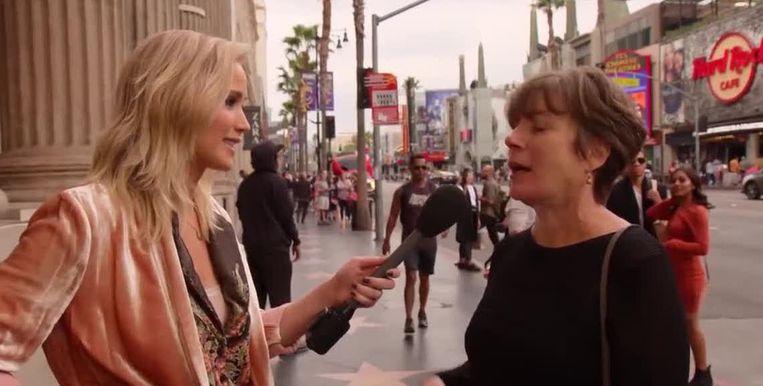 """Jennifer Lawrence stelt een simpele vraag aan voorbijgangers: """"Kan je vijf Jennifer Lawrence-films opnoemen?"""""""