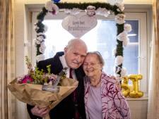 Lou en Coby uit Hellendoorn delen al zeventig jaar lief en leed met elkaar