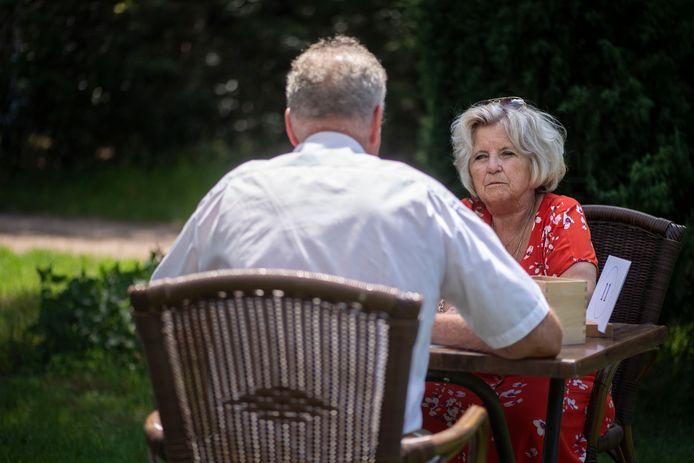 Dating Oost heeft een record aantal deelnemers die allemaal een date zoeken.