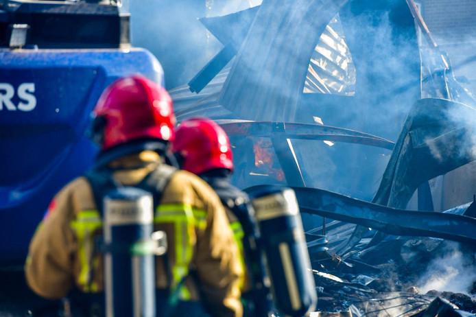 Er woedde een zeer grote brand op De Run in Veldhoven.