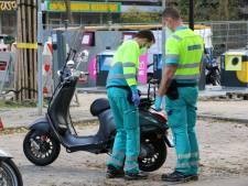 Traumahelikopter rukt uit voor gewonde scooterrijder in Rijswijk
