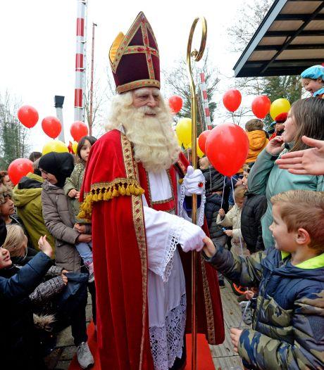 Corona velt ook Sinterklaasintocht Delden