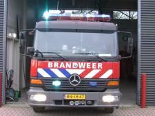 Auto brandt uit in Veghelse woonwijk