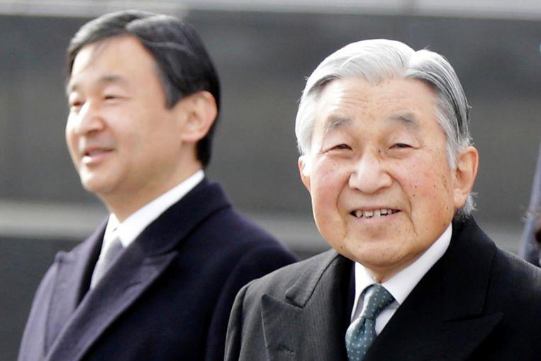 Keizer Akihito en koonprins Naruhito. Beeld ap