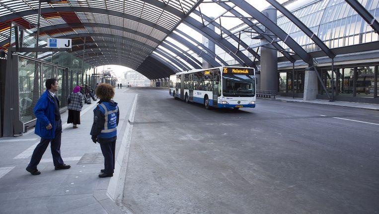 Busstation aan de IJ-zijde Beeld Elmer van der Marel