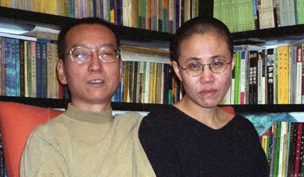 Weduwe Liu Xiaobo duikt na anderhalve maand op in filmpje