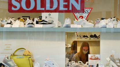 """Slechtste soldenstart in jaren: """"Shoppen is niet plezant meer. Politici, doe iets"""""""