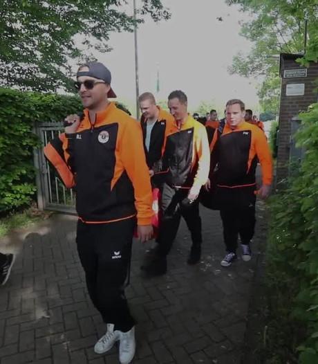 NWC 8 uit Asten met bus vol fans op weg naar bekerfinale