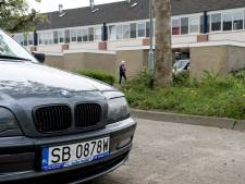 Oproep aan minister: zorg dat buitenlanders ook parkeerboetes betalen