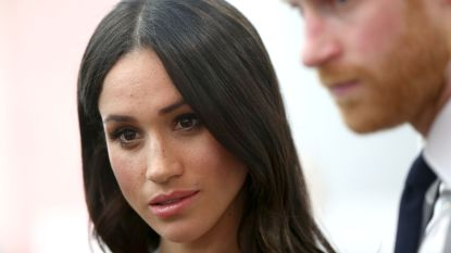 Koninklijke familie werkt aan noodplan voor directe terugkeer prins Harry en Meghan Markle