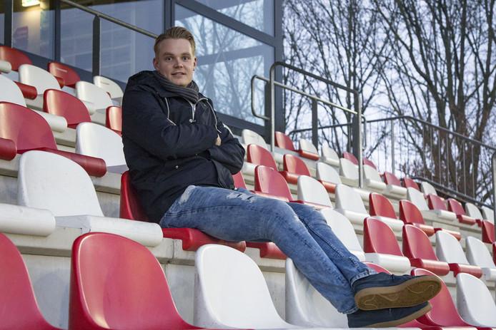 Menno Kamphuis speelt volgend seizoen niet meer voor Excelsior'31 maar voor DOS'37