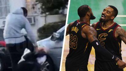 Voormalig NBA-kampioen verkoopt betoger die zijn wagen had toegetakeld flink pak rammel