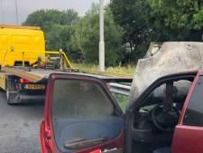 Autobrand op A15 bij Sliedrecht zorgt voor flinke vertraging richting Rotterdam