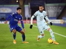 Invaller Ziyech ziet Chelsea verder wegzakken tegen nieuwe koploper Leicester