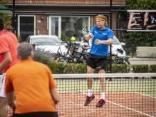 Tennisbond groeit: 'Tennis bij uitstek sport waar je afstand kunt waarborgen'
