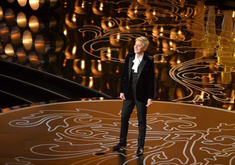 Ellen presenteerde in 2014 de Oscars. Volgens haar toenmalige bodyguard is haar persoonlijkheid een schijnvertoning.