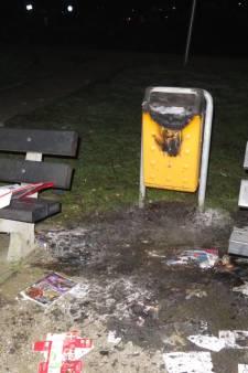 Prullenbak in brand gestoken in Alphen
