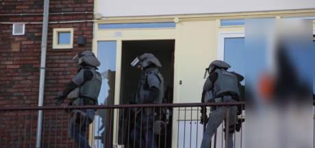 Agenten vielen woning in Presikhaaf binnen vanwege schietpartij in Arnhem-Zuid