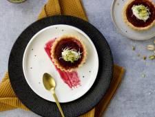 Wat Eten We Vandaag: Hartige taartjes met geitenkaas en rode biet