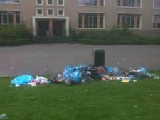Wandelaars boos over park vol rotzooi in Eindhoven
