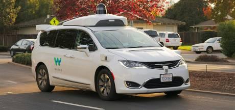 Google bouwt eigen autofabriek