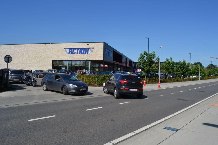 De vestiging komt in de buurt van het Witte Molen Shopping Center.