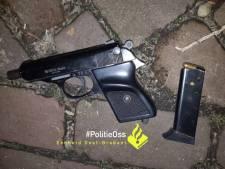 Tiener (17) uit Heesch aangehouden met vuurwapen en kogels op zak