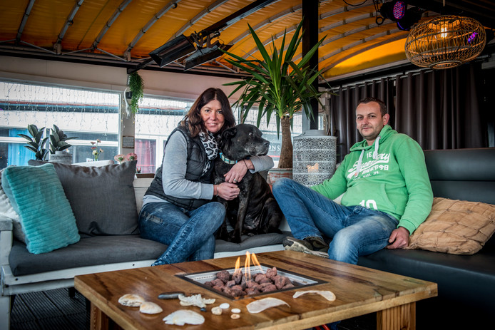 Ontmoeting in Hoek van Holland Zon en Zand Cindy en Azmi