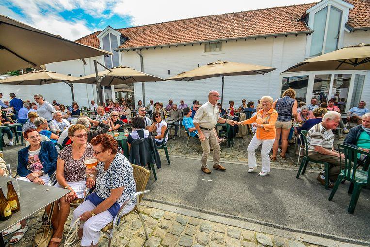 De vier Muzikale Zondagen gaan elk jaar door op het terras van museumherberg In Den Grooten Moriaen.