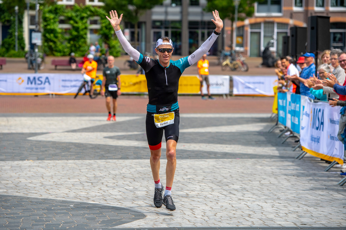 Michel Besseling won de Marathon Amersfoort in 2.49.55.