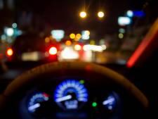 Dronken chauffeur met bus vol passagiers van weg gehaald op A1