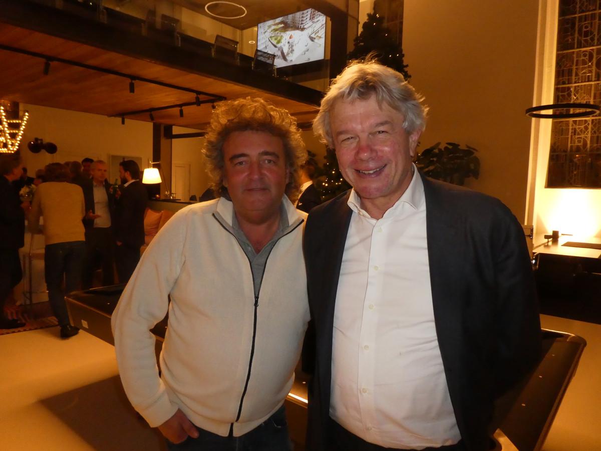 """Reclameman Marc Slager en curator Wouter Jongepier: """"Ik ken Charles sinds 1975. 1975! Ik kom hier mensen tegen die toen nog niet waren geboren."""""""