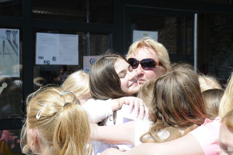 Het afscheid van juf-directeur Christiane viel De Zonnebloem heel zwaar.
