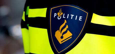 Vier gestolen voertuigen gevonden in Oud Gastel en Halsteren, twee aanhoudingen