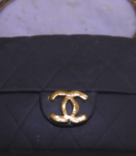 Dat is een mooie tas van Chanel! O nee, het is een taart van Gaby