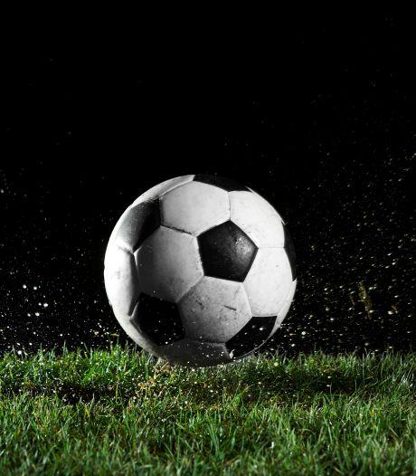 Zaterdagvoetballers Juliana'31 scoren in laatste twintig minuten zes keer