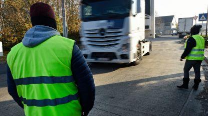 """Protest van """"gele hesjes"""" voor industrieterrein van Courcelles houdt al week aan"""