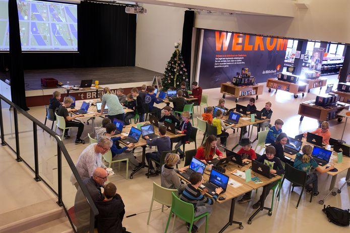 Zestig kinderen kwamen naar de bijeenkomst in de Bleek.