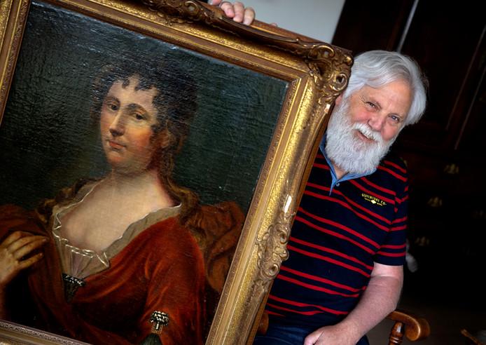 Gertjan van de Meent uit Eindhoven met zijn zolderschat.