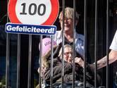 Verpieteren op je kamer in het verpleeghuis vanwege corona? 100-jarige Mien kreeg een balkonscène