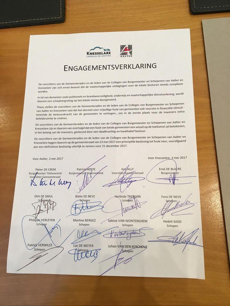 De verklaring werd door de belangrijkste politici van de twee gemeenten ondertekend.
