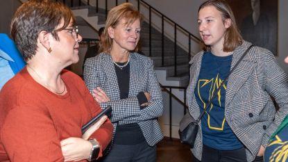 """Politieke crisis in Aalst: """"Ilse Uyttersprot (CD&V) wordt monddood gemaakt. Een grotere vernedering bestaat er niet. D'Haese waant zich keizer van Aalst"""""""